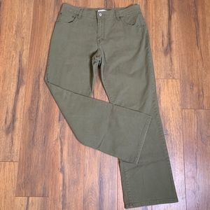 Levi's | 550 Green Bootcut Jeans size 14M